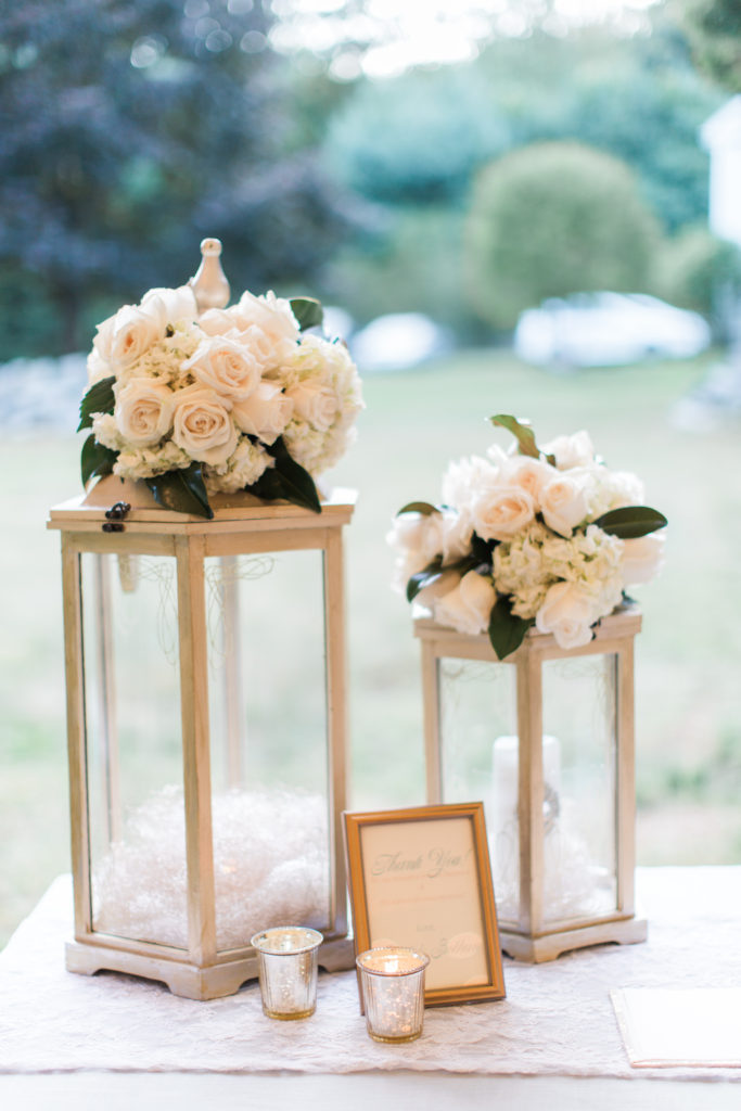 reception flowers by diane gaudett